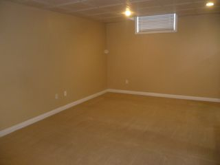Photo 5: 4 Mural Crescent - basement suite in St. Albert: Basement Suite for rent