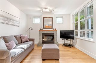 "Photo 3: 102 665 W 7TH Avenue in Vancouver: Fairview VW Townhouse for sale in ""The Ivy's"" (Vancouver West)  : MLS®# R2439208"