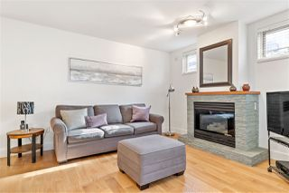 "Photo 2: 102 665 W 7TH Avenue in Vancouver: Fairview VW Townhouse for sale in ""The Ivy's"" (Vancouver West)  : MLS®# R2439208"