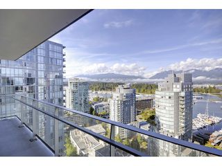 Photo 19: 2201 1499 PENDER Street W in Vancouver West: Coal Harbour Home for sale ()  : MLS®# V1088176
