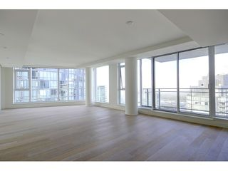 Photo 3: 2201 1499 PENDER Street W in Vancouver West: Coal Harbour Home for sale ()  : MLS®# V1088176