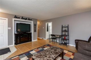 Photo 4: 1007 Hoka Street in Winnipeg: West Transcona Residential for sale (3L)  : MLS®# 202013076