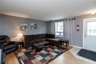 Photo 2: 1007 Hoka Street in Winnipeg: West Transcona Residential for sale (3L)  : MLS®# 202013076