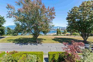 Photo 1: 1988 OGDEN Avenue in Vancouver: Kitsilano Townhouse for sale (Vancouver West)  : MLS®# R2485009