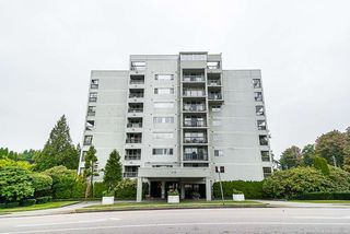 """Photo 1: 802 550 EIGHTH Street in New Westminster: Uptown NW Condo for sale in """"Park Ridge"""" : MLS®# R2500222"""