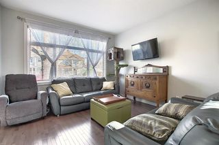 Photo 7: 1013 4 Street NE in Calgary: Renfrew Row/Townhouse for sale : MLS®# A1038777