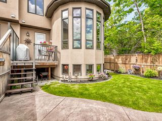 Photo 28: 3322 2 Street NW in Calgary: Highland Park Semi Detached for sale : MLS®# A1059595