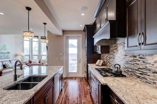 Photo 14: 3322 2 Street NW in Calgary: Highland Park Semi Detached for sale : MLS®# A1059595