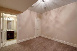 Photo 21: 3322 2 Street NW in Calgary: Highland Park Semi Detached for sale : MLS®# A1059595