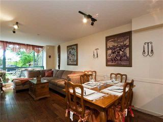 "Photo 3: 202 212 LONSDALE Avenue in North Vancouver: Lower Lonsdale Condo for sale in ""Two One Two"" : MLS®# V893037"