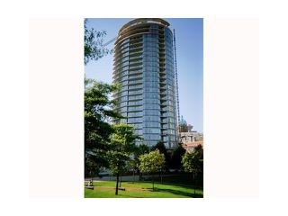 "Photo 2: 2206 58 KEEFER Place in Vancouver: Downtown VW Condo for sale in ""FRENZEI-DOWNTOWN"" (Vancouver West)  : MLS®# V896555"