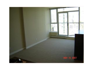 "Photo 5: 2206 58 KEEFER Place in Vancouver: Downtown VW Condo for sale in ""FRENZEI-DOWNTOWN"" (Vancouver West)  : MLS®# V896555"
