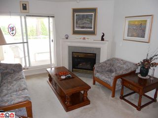 """Photo 2: 307 15150 29A Avenue in Surrey: King George Corridor Condo for sale in """"Sands"""" (South Surrey White Rock)  : MLS®# F1124538"""