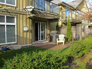 "Photo 2: 38 41050 TANTALUS Road in Squamish: Tantalus Townhouse for sale in ""Greenside Estates"" : MLS®# V1037810"