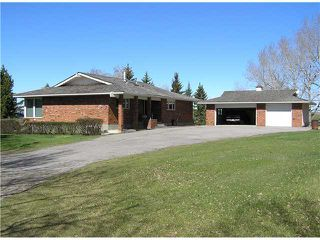 Photo 1: 77 GLENVIEW Road in COCHRANE: Rural Rocky View MD Residential Detached Single Family for sale : MLS®# C3594402