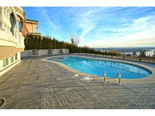 Photo 4: 1325 CAMRIDGE RD in West Vancouver: Chartwell House for sale : MLS®# V1039666