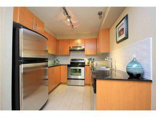 "Photo 4: 212 1633 MACKAY Avenue in North Vancouver: Pemberton NV Condo for sale in ""TOUCHSTONE"" : MLS®# V1050254"