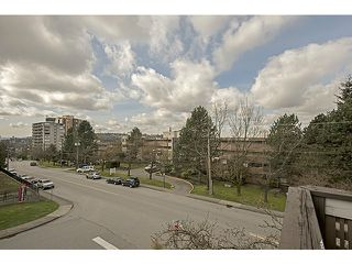 "Photo 11: 309 545 SYDNEY Avenue in Coquitlam: Coquitlam West Condo for sale in ""The Gables"" : MLS®# V1056291"