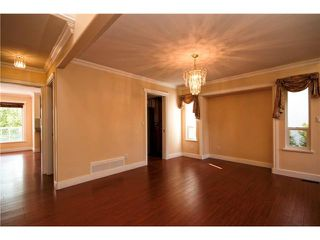 Photo 3: 3062 WADDINGTON Place in Coquitlam: Westwood Plateau House for sale : MLS®# V1067968