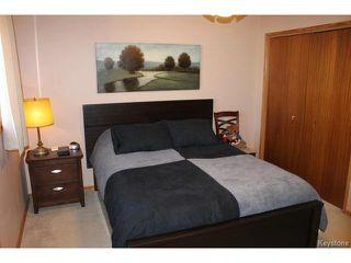 Photo 7: 707 Dale Boulevard in WINNIPEG: Charleswood Residential for sale (South Winnipeg)  : MLS®# 1500242