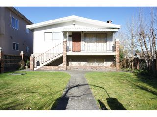 Photo 1: 3095 E 5TH Avenue in Vancouver: Renfrew VE House for sale (Vancouver East)  : MLS®# V1106376