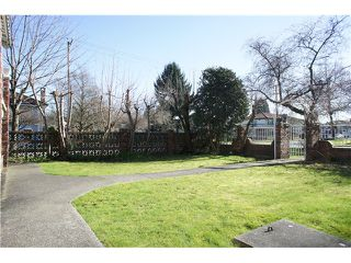 Photo 17: 3095 E 5TH Avenue in Vancouver: Renfrew VE House for sale (Vancouver East)  : MLS®# V1106376