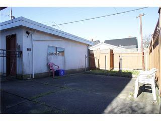 Photo 16: 3095 E 5TH Avenue in Vancouver: Renfrew VE House for sale (Vancouver East)  : MLS®# V1106376