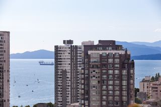 "Photo 21: 2107 1351 CONTINENTAL Street in Vancouver: Downtown VW Condo for sale in ""MADDOX"" (Vancouver West)  : MLS®# V1135882"