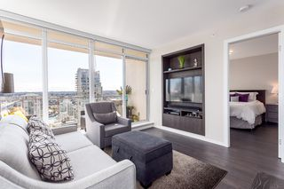 "Photo 5: 2107 1351 CONTINENTAL Street in Vancouver: Downtown VW Condo for sale in ""MADDOX"" (Vancouver West)  : MLS®# V1135882"