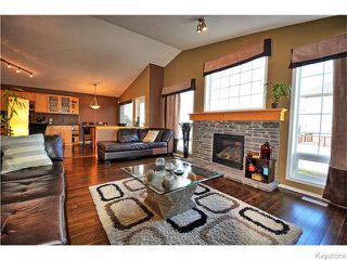 Photo 10: 467 Reg Wyatt Way in WINNIPEG: North Kildonan Residential for sale (North East Winnipeg)  : MLS®# 1522770