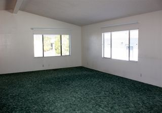 Photo 4: NORTH ESCONDIDO Manufactured Home for sale : 2 bedrooms : 1804 Lynx Glen #T in Escondido