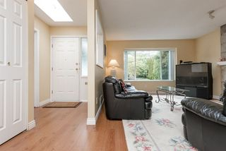 Photo 4: R2074299 - 113 Warrick St, Coquitlam for Sale