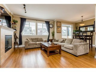 "Photo 3: 37 7168 179 Street in Surrey: Cloverdale BC Townhouse for sale in ""OVATION"" (Cloverdale)  : MLS®# R2081705"