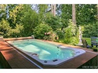 Photo 5: 4971 Highgate Rd in VICTORIA: SE Cordova Bay House for sale (Saanich East)  : MLS®# 737511