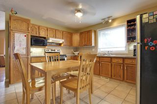 Photo 7: 4 Stradbrooke Rise SW in Calgary: Apartment for sale : MLS®# C3605638
