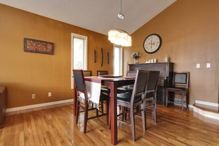 Photo 3: 4 Stradbrooke Rise SW in Calgary: Apartment for sale : MLS®# C3605638