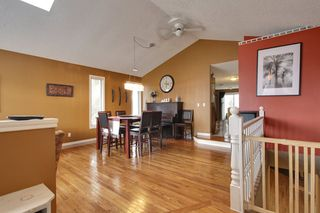 Photo 2: 4 Stradbrooke Rise SW in Calgary: Apartment for sale : MLS®# C3605638