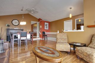 Photo 4: 4 Stradbrooke Rise SW in Calgary: Apartment for sale : MLS®# C3605638