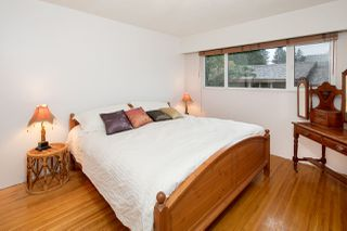 Photo 7: 1308 BAYVIEW Square in Coquitlam: Harbour Chines House for sale : MLS®# R2123105