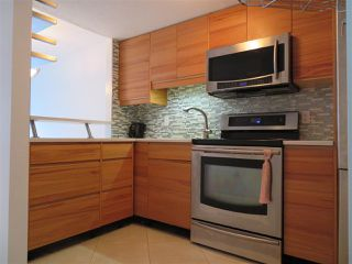 "Photo 3: 314 1990 W 6TH Avenue in Vancouver: Kitsilano Condo for sale in ""MAPLEVIEW PLACE"" (Vancouver West)  : MLS®# R2123367"