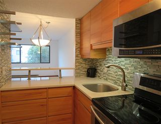 "Photo 4: 314 1990 W 6TH Avenue in Vancouver: Kitsilano Condo for sale in ""MAPLEVIEW PLACE"" (Vancouver West)  : MLS®# R2123367"
