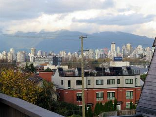"Photo 10: 314 1990 W 6TH Avenue in Vancouver: Kitsilano Condo for sale in ""MAPLEVIEW PLACE"" (Vancouver West)  : MLS®# R2123367"