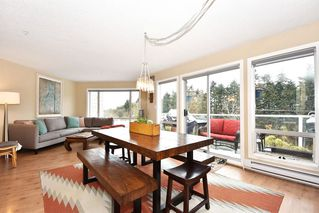 """Photo 2: 302 2288 LAUREL Street in Vancouver: Fairview VW Townhouse for sale in """"PARKVIEW TERRACE"""" (Vancouver West)  : MLS®# R2129884"""