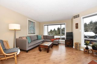 "Photo 3: 302 2288 LAUREL Street in Vancouver: Fairview VW Townhouse for sale in ""PARKVIEW TERRACE"" (Vancouver West)  : MLS®# R2129884"