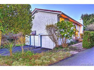 Photo 17: 5054 Cordova Bay Rd in VICTORIA: SE Cordova Bay Single Family Detached for sale (Saanich East)  : MLS®# 753946