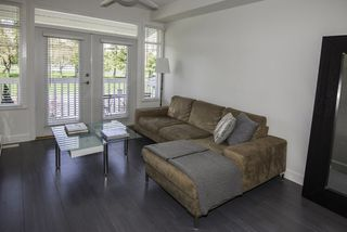 Photo 3: 8 4388 MONCTON Street in Richmond: Steveston South Townhouse for sale : MLS®# R2157662