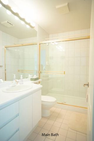 Photo 9: 803 6888 Station Hill Drive in Burnaby: South Slope Condo for sale (Burnaby South)  : MLS®# R2167276