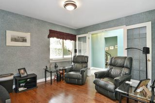 """Photo 11: 30 15099 28TH Avenue in Surrey: Elgin Chantrell Townhouse for sale in """"The Gardens"""" (South Surrey White Rock)  : MLS®# R2194434"""
