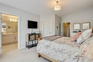 Photo 19: 3713 43 Street SW in Calgary: Glenbrook House for sale : MLS®# C4134793