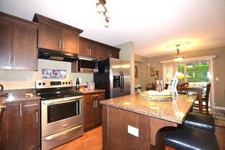 """Photo 6: 14 36169 LOWER SUMAS MTN Road in Abbotsford: Abbotsford East Townhouse for sale in """"Junction Creek"""" : MLS®# R2202581"""